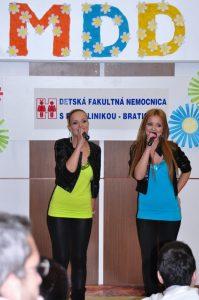 Oslavy MDD 2010 otvorili speváčky Twins